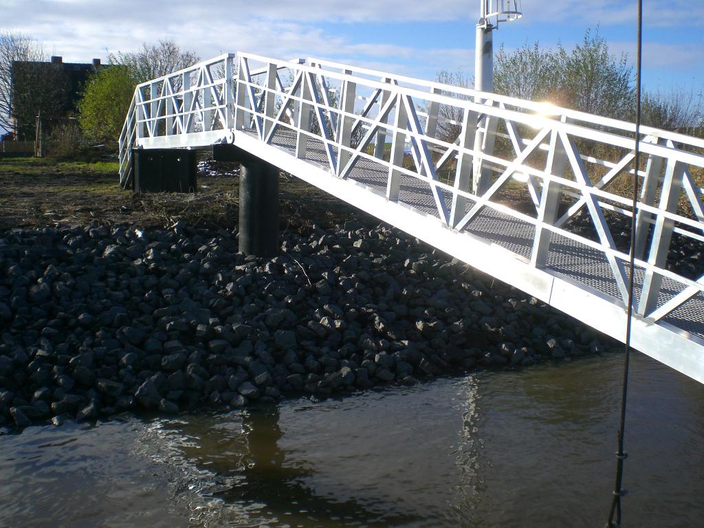 Ebenfalls von uns ausgeführt wurden ähnliche Anlagen an der Stör im Stadthafen Itzehoe und in Neuenkirchen.