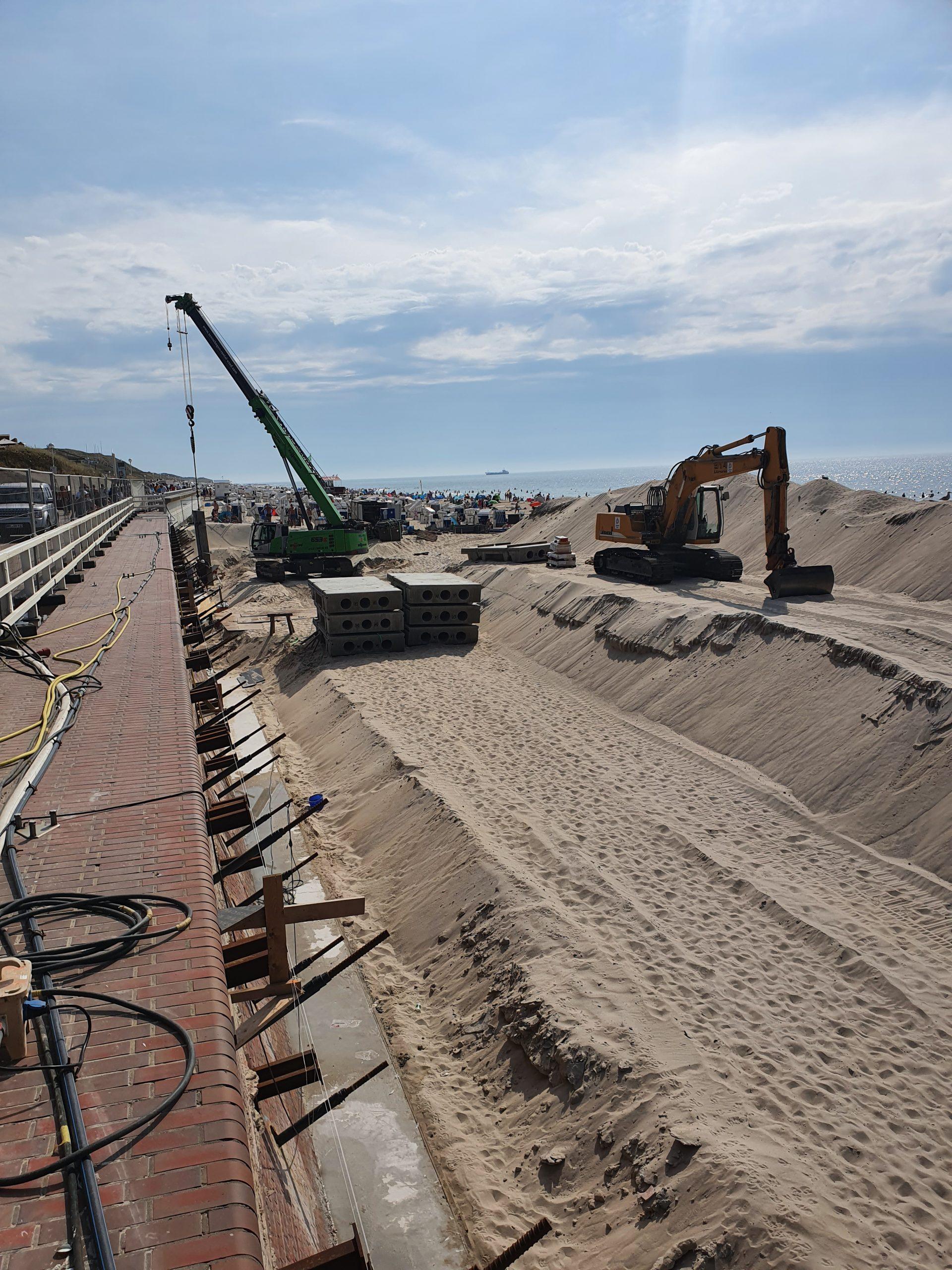 Um auch vor Unterspülung zu schützen mussten 4.400 m³ Boden ausgehoben werden.